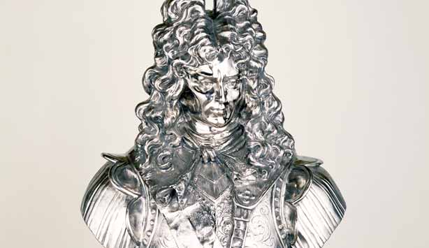 Jeff Koons sculpture | Stainless steel bust of King Louis XVI